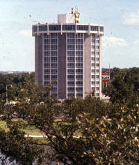 Round Holiday Inn Austin Texas 1964